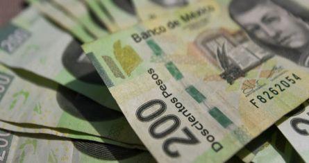 Aspectos de billetes de 200 pesos.