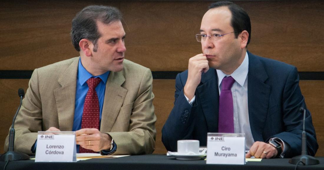 Lorenzo Córdova Vianello y Ciro Murayama, consejeros del Instituto Nacional Electoral (INE).