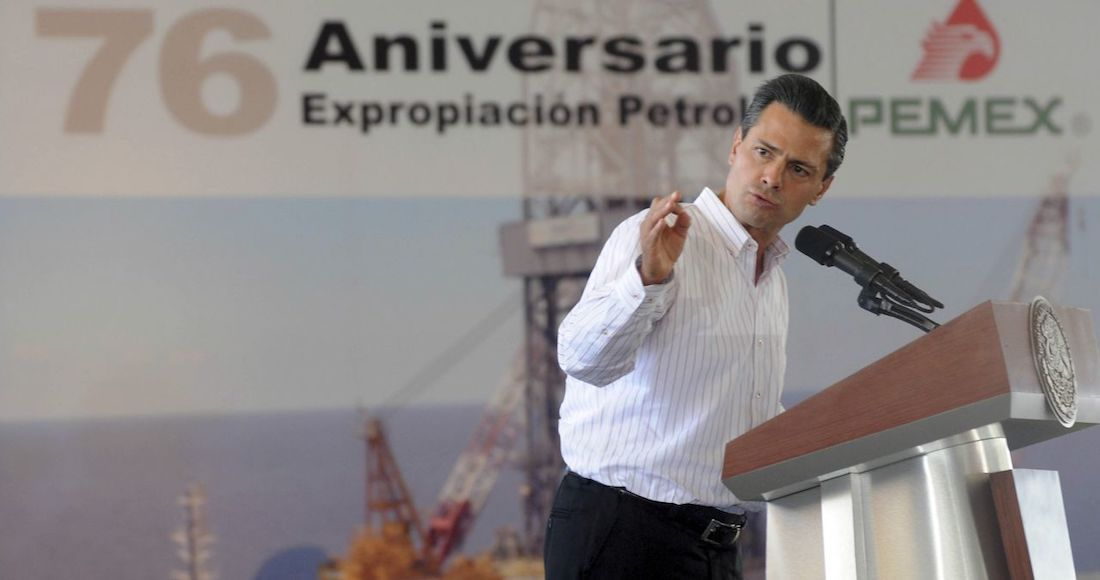 Foto del expresidente Peña Nieto en evento de aniversario de Pemex