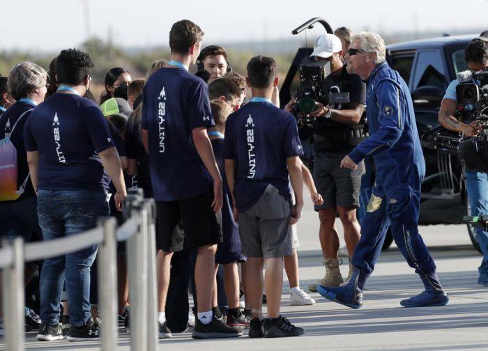 1000 2021 07 11t134502758 - «Ha sido mágico», dice Branson después de haber ido al espacio – SinEmbargo MX