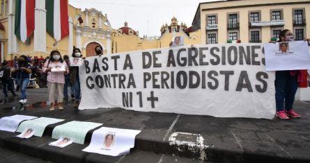 Periodistas de la ciudad de Xalapa se manifestaron para exigir justicia por el asesinato del comunicador Julio Valdivia.