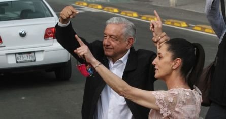 El Presidente Andrés Manuel López Obrador y Claudia Sheinbaum, Jefa de Gobierno de la Ciudad de México.