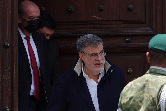 Julio Scherer Ibarra, Consejero Jurídico de la Presidencia, a la salida de Palacio Nacional el pasado mes de junio.