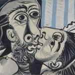 Pablo Picasso, Il bacio, 1969. olio su tela, 97×130 cm Paris, Musée National Picasso. Credito fotografico: © RMN-Grand Palais (Musée national Picasso-Paris) /Jean Gilles Berizzi/ dist. Alinari