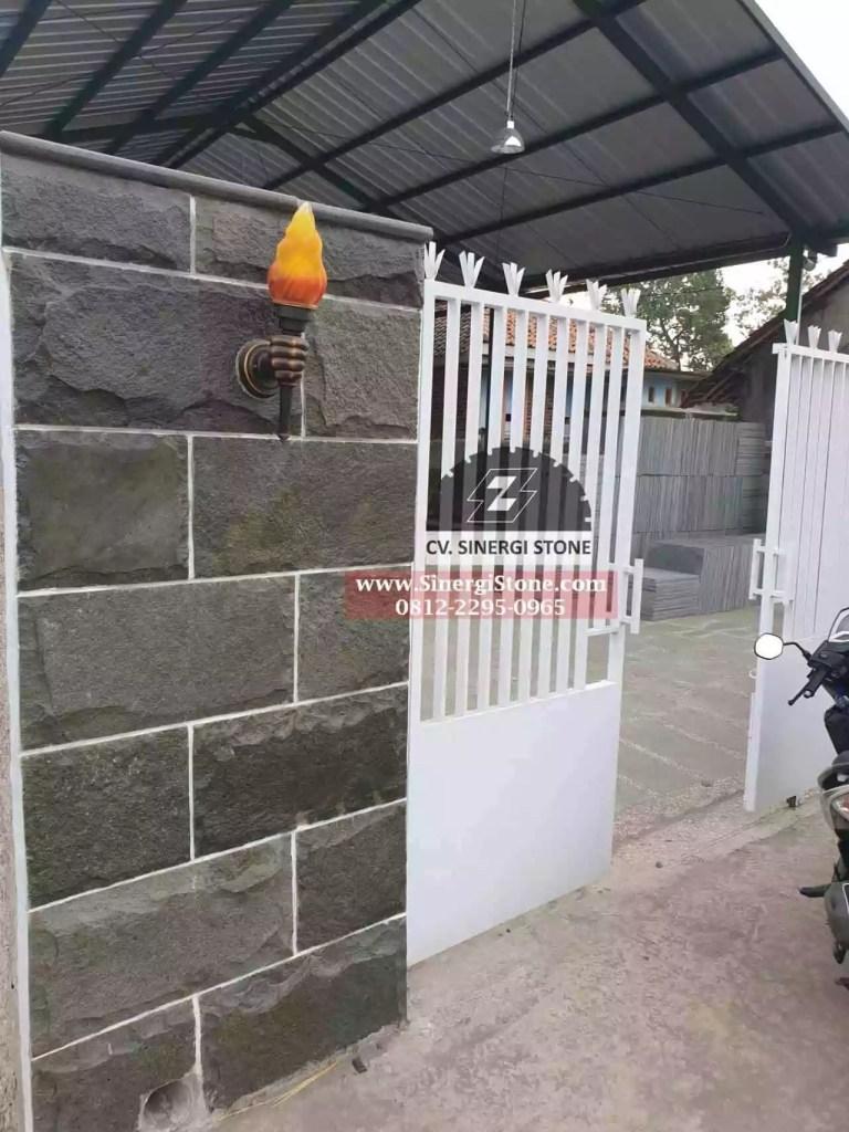 Jenis Batu Andesit Cirebon Jawa Barat untuk Dinding Pagar Rumah 2019