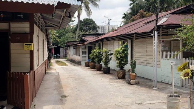 Explore-Kampong-Lorong-Buangkok