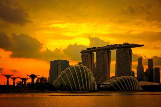 Witness a Gorgeous Sunset at Marina Bay