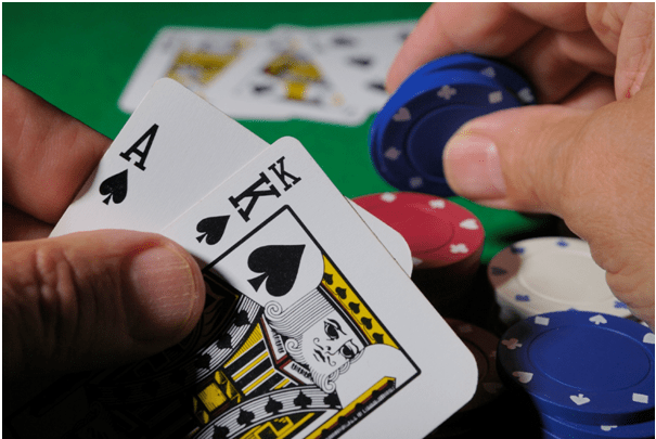 Playing Texas Holdem at casinos in Singapore