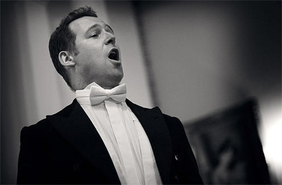 Opera in seconds
