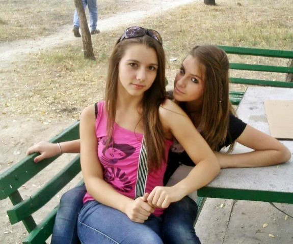 2 Russian Girls