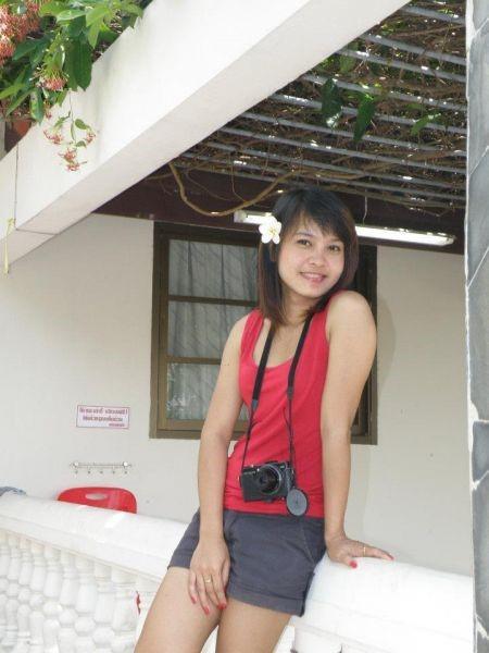 Pikun in Thai Girl