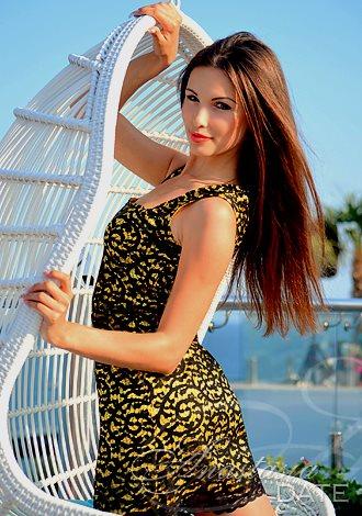 Romanian women meet single Romanian Dating