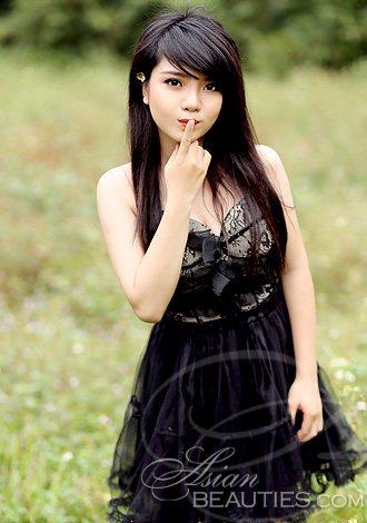 Hot Vietnamese Girls
