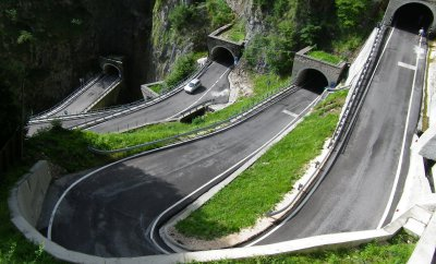 craziest roads in the world