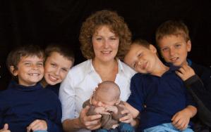 1 Mom and 5 Boys