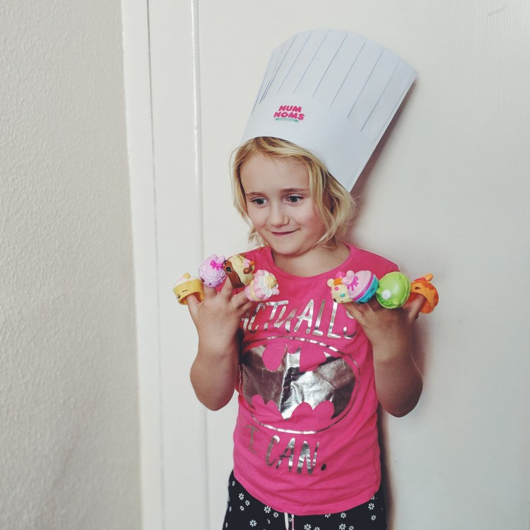 num-noms-chef-hat