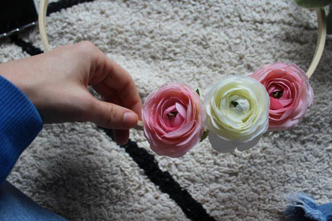 flowers-on-DIY-floral-hoop