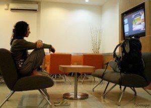 Esperando vuelo en el VIP del aeropuerto de Jakarta, Indonesia
