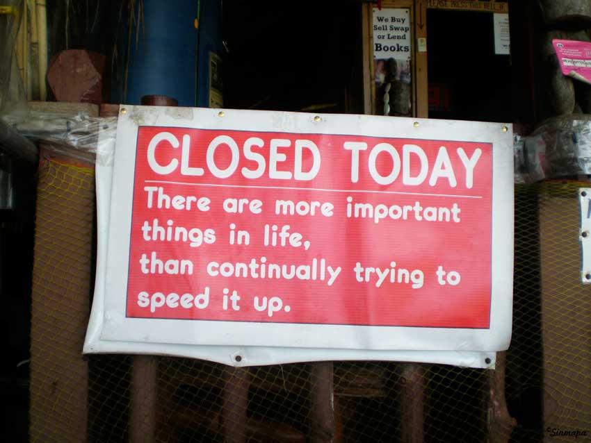 Cerrado por descanso - quién muere