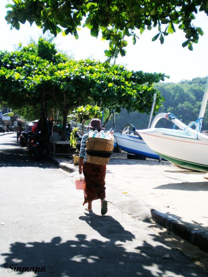 Calles de Padangbai, Bali, Indonesia