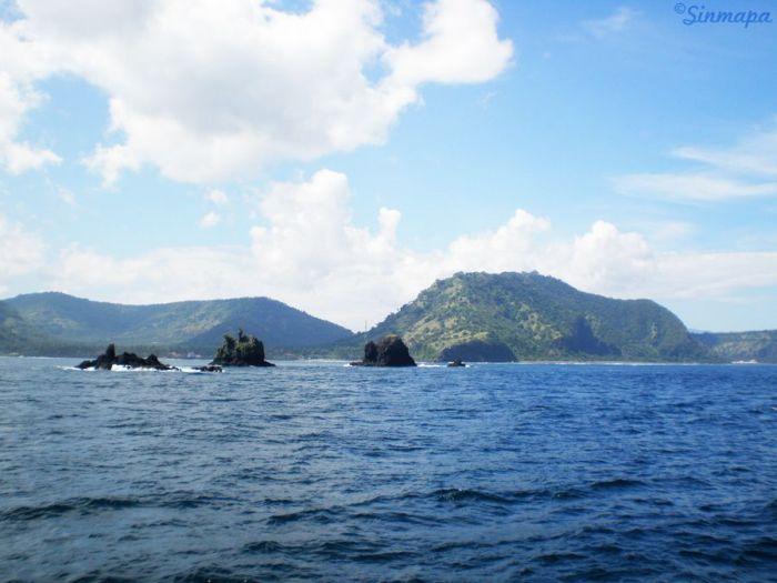 Vistas de Indonesia desde el barco a Gili T