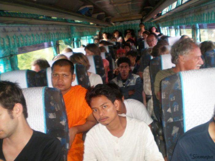 Autobus en el Sudeste Aisático herramientas para viajar