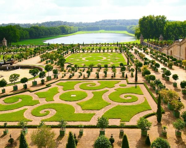 Versailles France tours de Google Street View