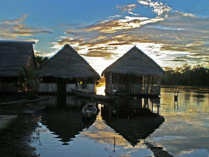Comunidad 20 de enero en la Amazonía Peruana
