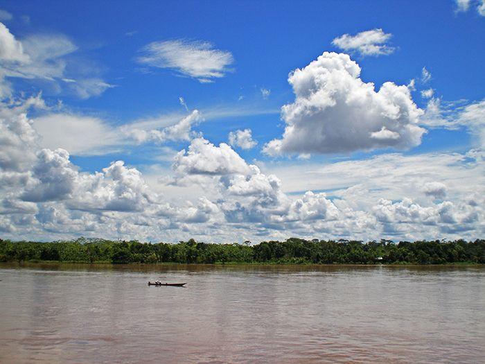 Vistas desde el barco carguero Yurimaguas - Iquitos - Amazonia