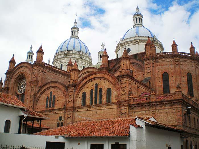 Cúpulas de la Catedral de Cuenca, Ecuador