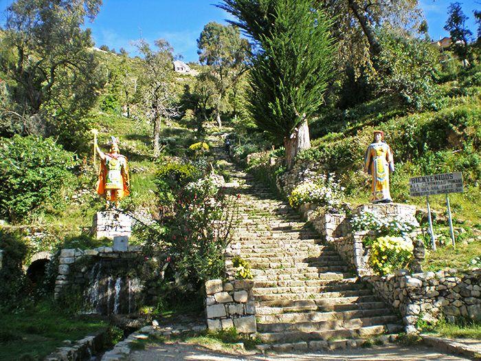 Escaleras Incas en la zona Sur de la Isla del Sol