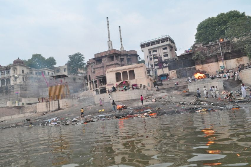 crematrio que ver en Varanasi