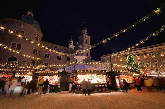 Mercado de Navidad en Salzburgo vía Shutterstock