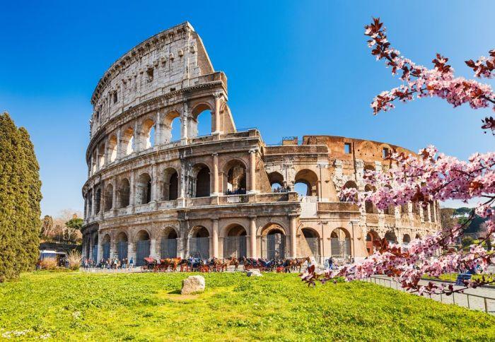 4f53ba1574 Consejos para visitar el Coliseo Romano. Coliseo romano via Shutterstock