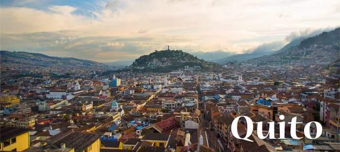 Vistas panorámicas de la ciudad de Quito, Ecuador