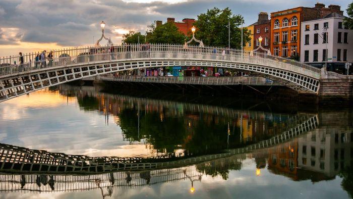 Puente Ha'Penny de Dublín - Qué ver en Dublín en 2 o 3 días