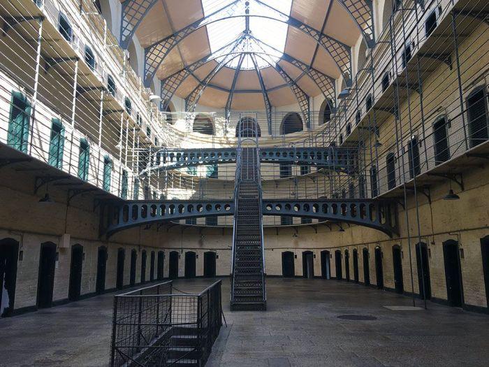 Qué ver en Dublín en 2 o 3 días - visitar el interior de la prisión Kilmainham en Dublín