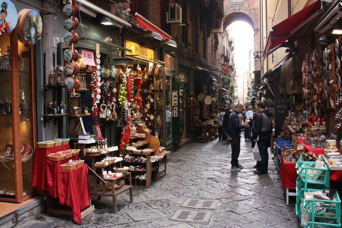 cómo ir del aeropuerto de Nápoles al centro