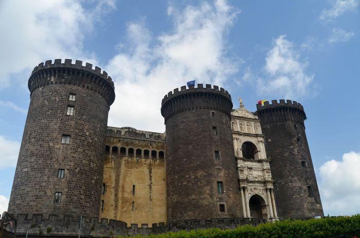 Qué ver en Nápoles - Castillo Nuevo