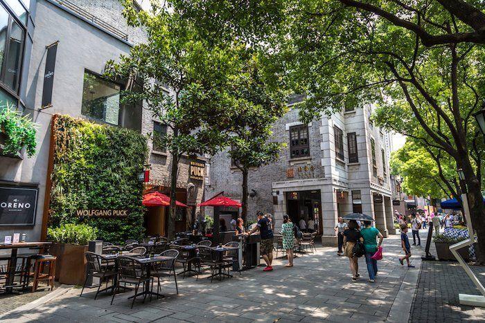 Recorrer el barrio de Xintiandi es un imprescindible qué ver en Shanghái China