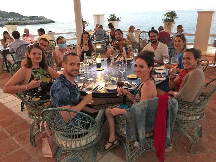 Cena en la terraza del Hotel Caleta
