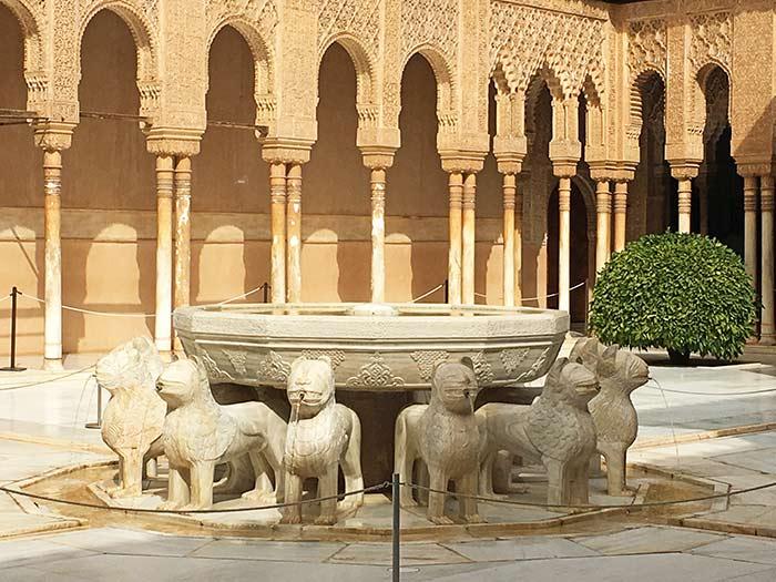 Fuente de los leones, Placios Nazaríes, La Alhambra