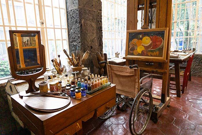 Estudio y taller de Frida Kahlo en su casa-museo, Ciudad de México