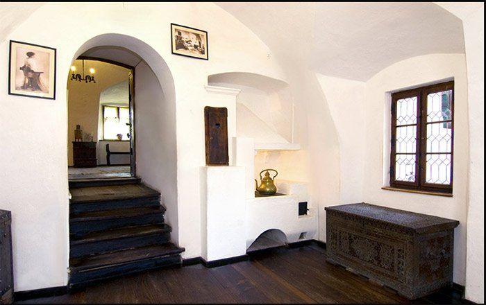 Pequeña sala del castillo de Bran