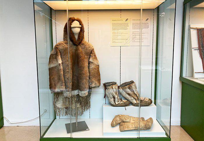 Vestimenta del ártico en el Museo de Antropología de Madrid