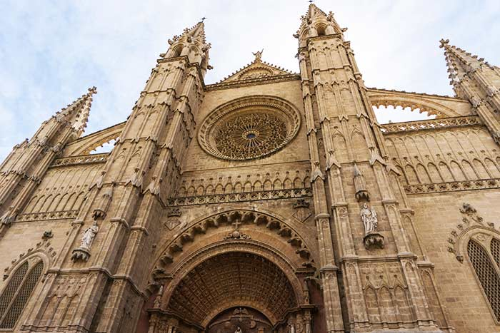 Fachada y rosetón de la Catedral de Palma