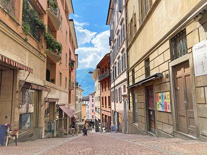 calles de Lugano, cantón del Tesino, Suiza