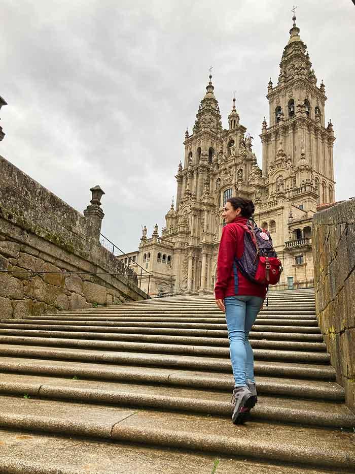 Llegando a la Plaza Obradoriro y a la catedral de Santiago de Compostela