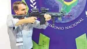 Brasil: Impugnan el decreto que facilita portar armas