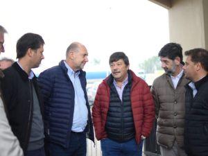 Perotti recorrió ArgenCarne en San Justo